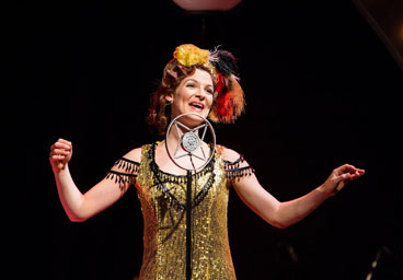 Helen Power Singin in the Rain, Sailsbury Playhouse